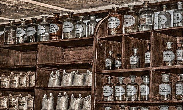 Verschil tussen drogist wijchen en de apotheek